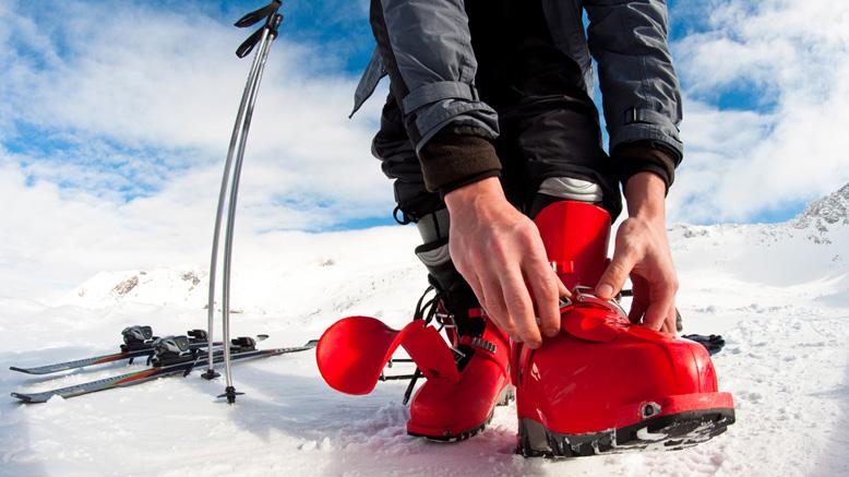 skiing tips equipment beginner
